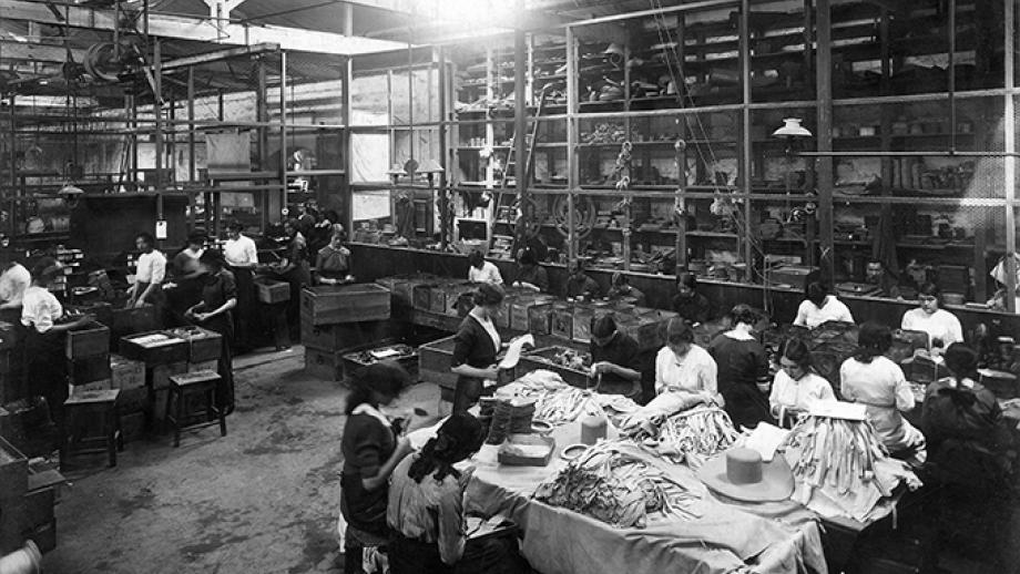 Workers at Dunlop Rubber's Montague mill