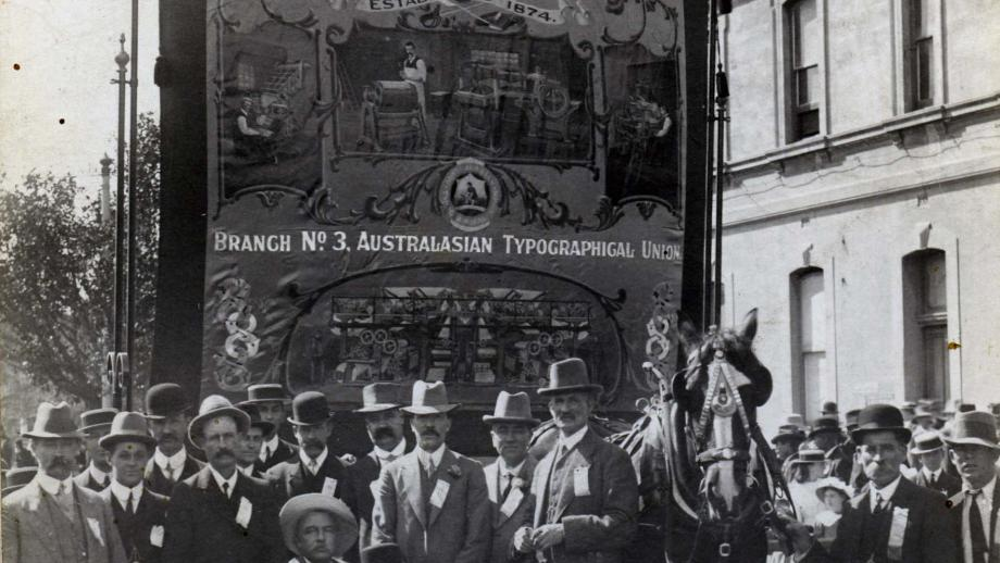 Photograph of South Australian Typographical Society 8-Hour Parade [1920], E92-41-1 (K2197), Printing Industry Employees' Union of Australia, South Australian Branch deposit